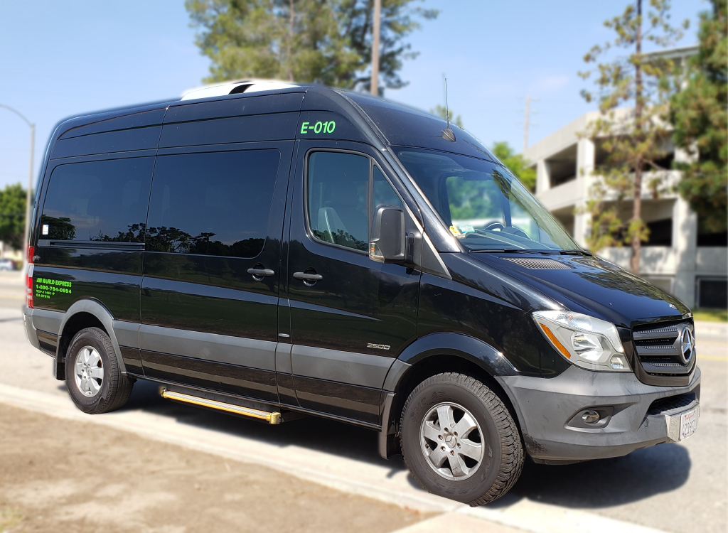 10 Pax Mercedes-Benz Sprinter Van